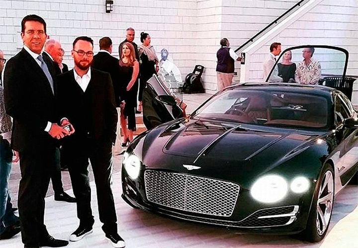 Массимилиано Польяни и телефоны Vertu на Pebble Beach Automotive Week