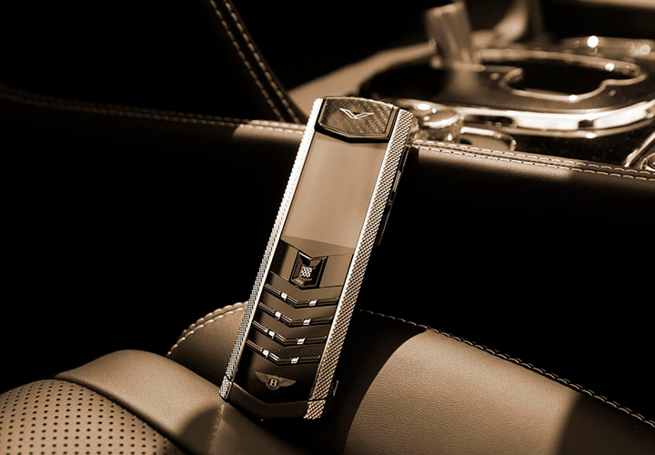 Телефоны Vertu for Bentley на Goodwood 2015