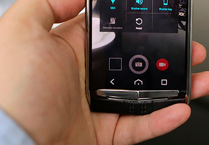 Качество снимков Vertu Signature Touch 2015