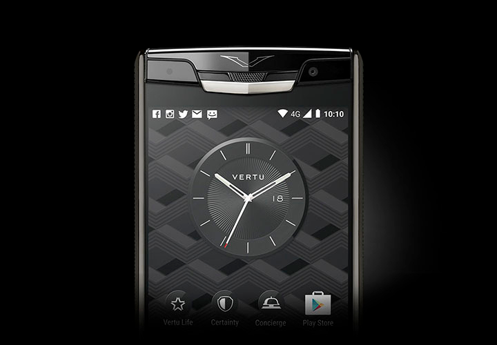 Vertu Signature Touch 2015 — самый большой экран из сапфира