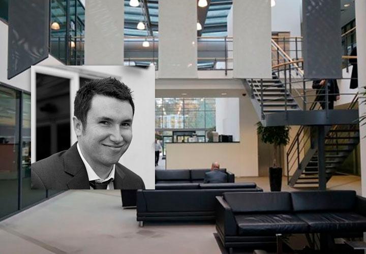 Марк Хилл — программный офисный директор Vertu