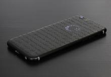 Карбоновый корпус для iPhone