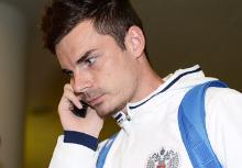 Артур Юсупов - российские звезды футбола пользуются Vertu