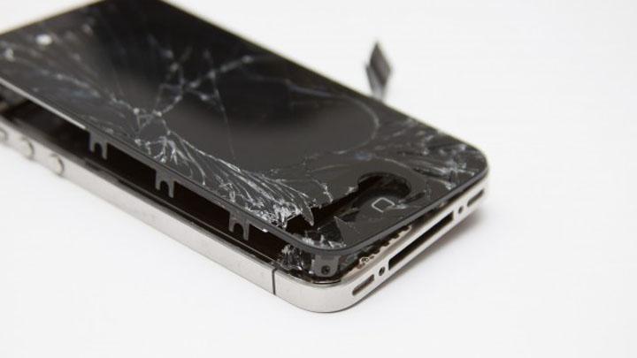 Удар iPhone