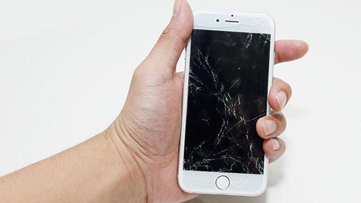 Падение iPhone