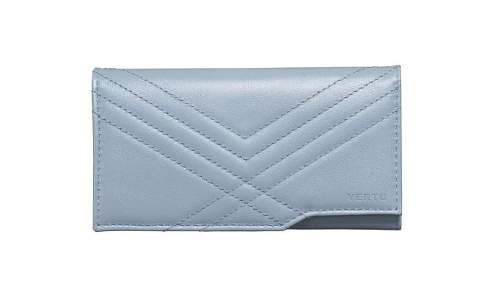 Чехол-сумка из стеганной кожи голубого цвета