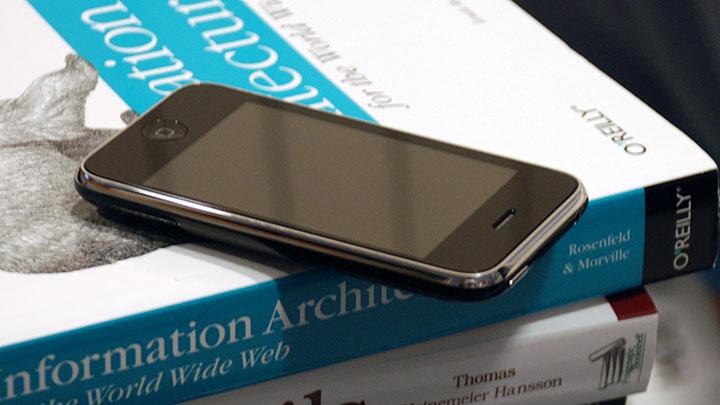 Современный мобильный телефон в качестве окна в интернет с 3G