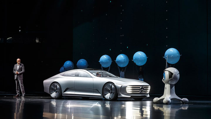 MERCEDES-BENZ IAA concept car — концепт-кар из недалекого будущего