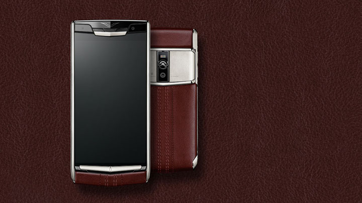 Vertu Signature Touch 2015 Garnet Calf
