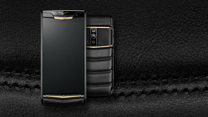 Vertu Signature Touch 2015 Pure Jet Red Gold