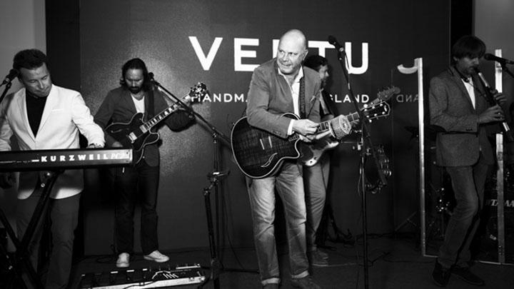 Подробный фотоотчет открытия бутика Vertu в Алматы по версии Buro 24/7