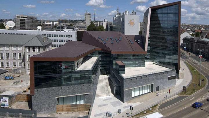 Университет Плимута — введение в специальность