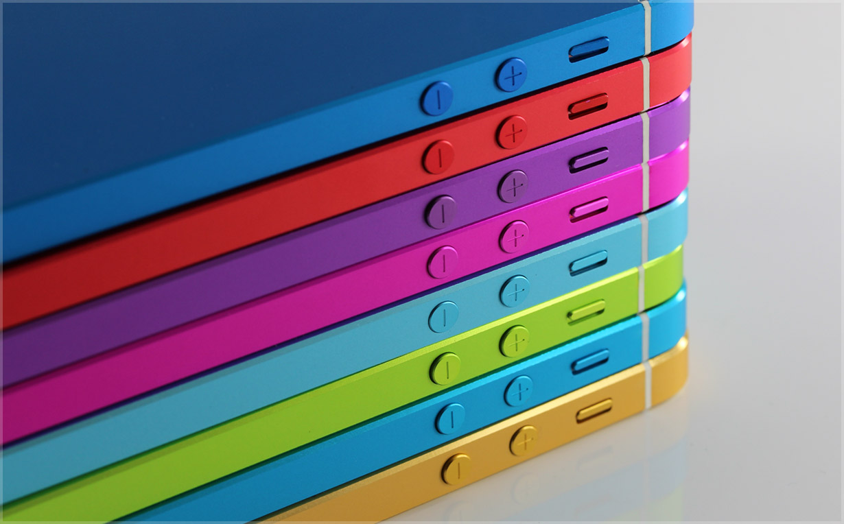 Цветные корпуса для iPhone 5 и 5s