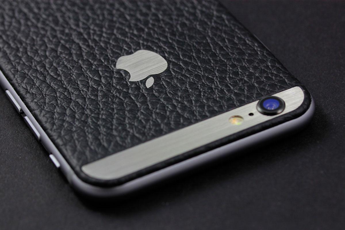 iPhone из черной кожи Монтана