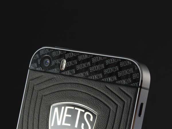 iPhone для Brooklyn Nets, Individual