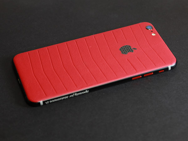 iPhone из красной кожи наппа
