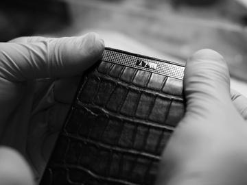 iPhone 6 Royal — мастерство ручной сборки