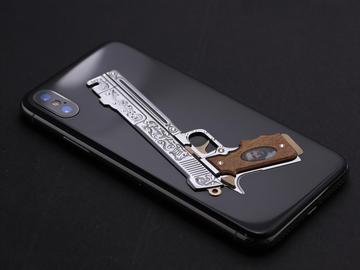 iPhones X Ebony & Ivory