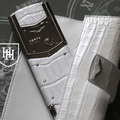 Белый aллигатор Vertu Signature The mother of pearl