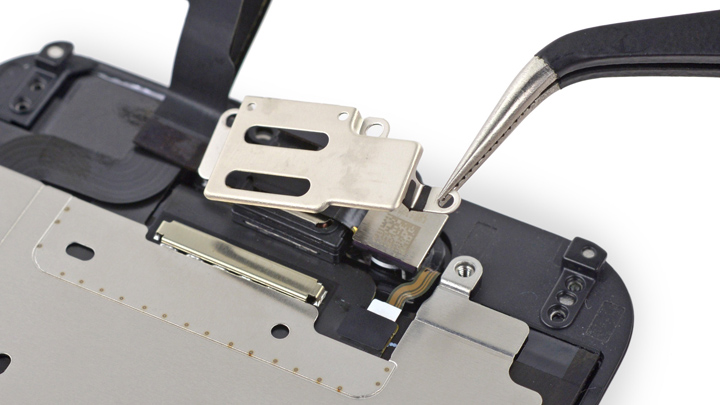 Замена фронтальной камеры iPhone 6 и iPhone 6 Plus