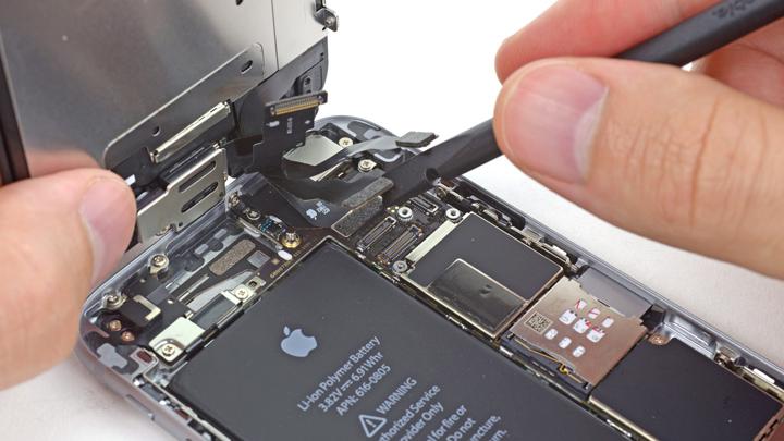 Замена передней панели iPhone 6 и iPhone 6 Plus в сборе