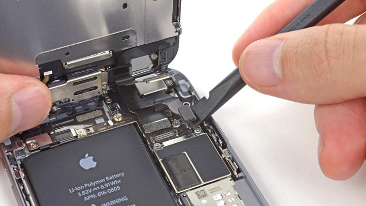 Замена порта Lightning на iPhone 6 и iPhone 6 Plus
