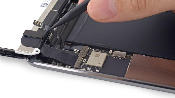 Замена основной камеры на iPad Mini 3