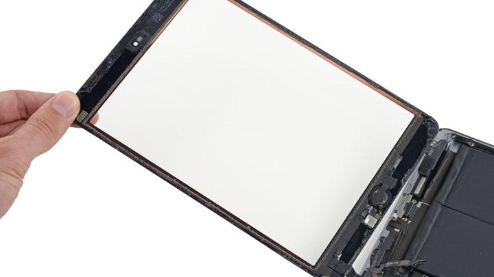 Замена материнской платы на iPad Mini 3