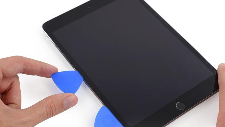 Замена сенсора освещенности на iPad Mini 3