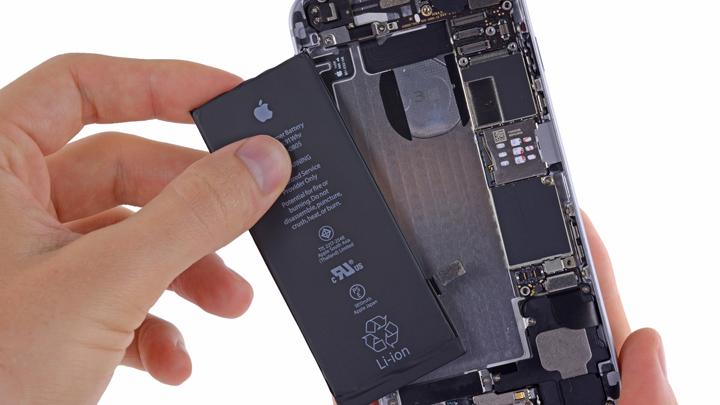 Замена аккумулятора iPhone 6 и iPhone 6 Plus