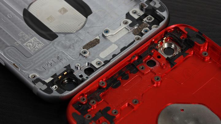 Поролоновые уплотнители в оригинальном корпусе для iPhone 6 и неоригинальном