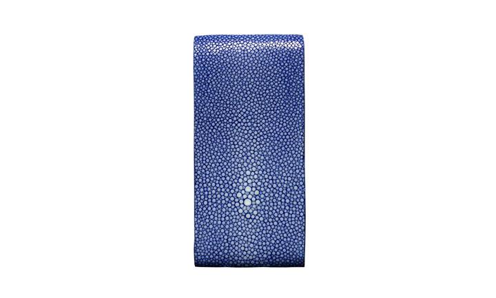 Чехол с откидным клапаном из кожи ската синего цвета