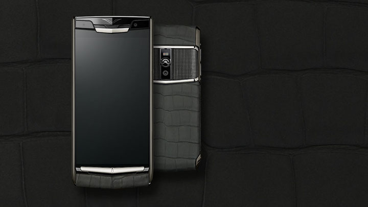 Vertu Signature Touch 2015 Clous de Paris Alligator