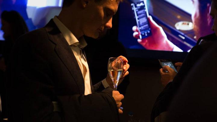 Фотоотчет с превью Vertu Signature Touch 2015 в Монтенаполеоне
