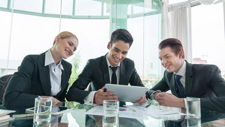Sadler Associates — производственная практика во время учебы