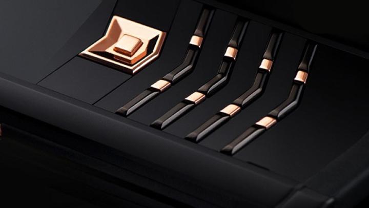 Vertu Signature S Red Gold Black DLC — самый элегантный телефон