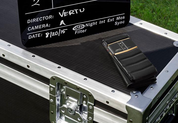 Мастерство исполнения нового Vertu Signature Touch 2015