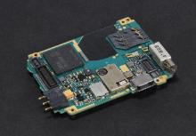 Почему нельзя пользоваться адаптером SIM-карты на Vertu Signature