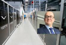 Деннис О'Донован — вице-президент, менеджер по R&D, снабжению и качеству компании Vertu