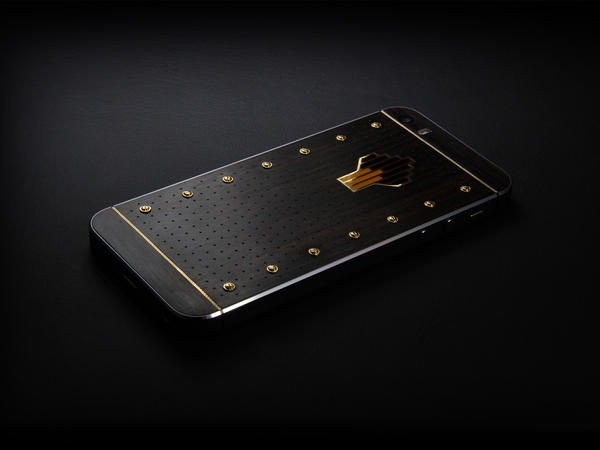 Rolls-Royce Ghost iPhone, Individual