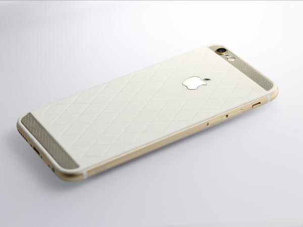 iPhone 6 из белой кожи