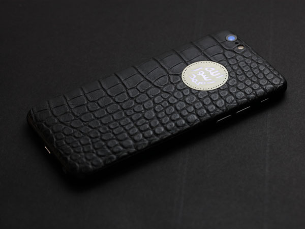 iPhone 6s с кожей аллигатора и светящимся логотипом