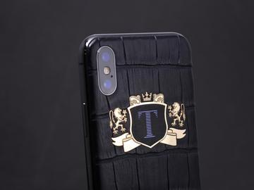 iPhone X с индивидуальным гербом