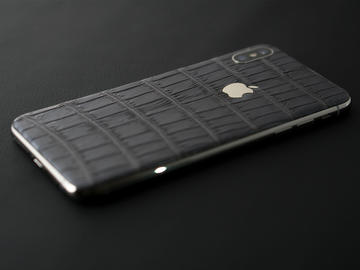iPhone Xs Gray Alligator