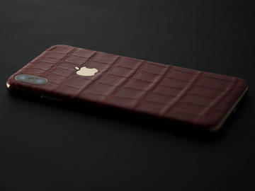 iPhone Xs Max Red Alligator